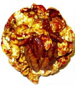 Pecan-Caramel-Popcorn-ball
